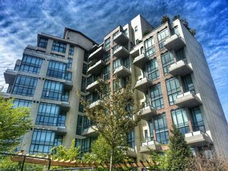 """Photo 2: 508 7 RIALTO Court in New Westminster: Quay Condo for sale in """"MURANO LOFTS"""" : MLS®# R2046001"""