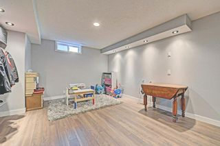 Photo 21: 6531 LARKSPUR Way SW in Calgary: North Glenmore Park House for sale : MLS®# C4149093