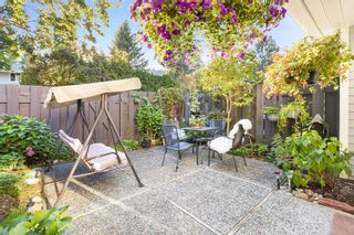 """Photo 7: 4763 HOSKINS Road in North Vancouver: Lynn Valley Townhouse for sale in """"Yorkwood Hills"""" : MLS®# R2617725"""