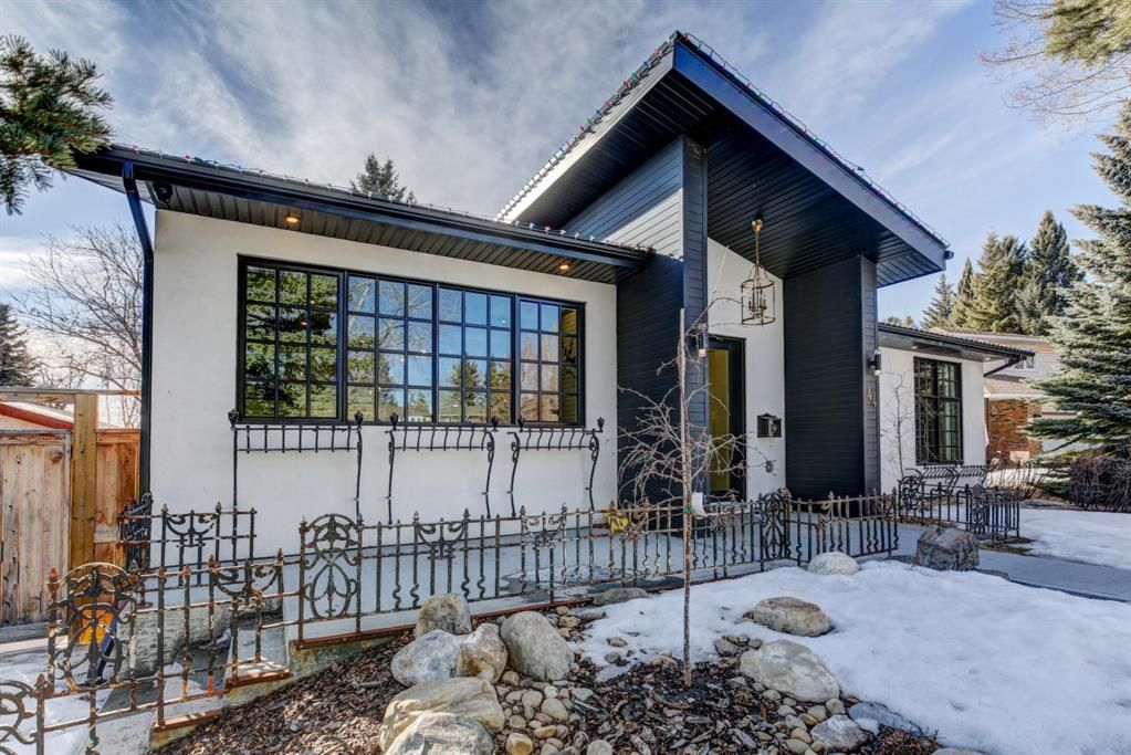Main Photo: 44 Silver Crest Green NW in Calgary: Silver Springs Detached for sale : MLS®# A1078798