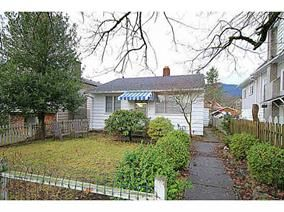 Main Photo:  in North Vancouver: Central Lonsdale House for sale : MLS®# V1098910