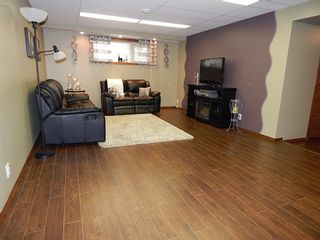Photo 13: 59 Olford Crescent in Winnipeg: House for sale : MLS®# 1811407
