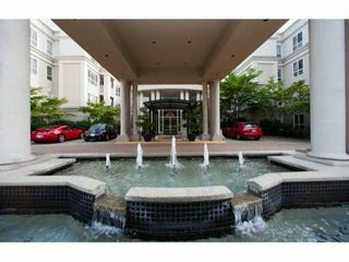 """Photo 1: 215 3098 GUILDFORD Way in Coquitlam: North Coquitlam Condo for sale in """"MALBOROUGH HOUSE"""" : MLS®# V946258"""
