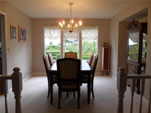 Photo 4: Photos: 2534 Bluebell Avenue in Coquitlam: Summitt View House for sale : MLS®# v896160