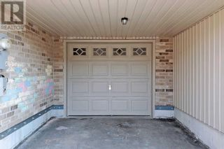 Photo 2: 91 FRANK'S WAY in Barrie: House for rent : MLS®# S5369583