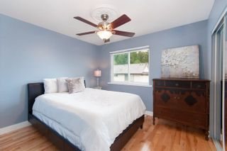 Photo 14: 2209 TURNBERRY Lane in Coquitlam: Home for sale : MLS®# R2305924