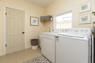 Photo 15: 4012 N Raymond St in : SW Glanford House for sale (Saanich West)  : MLS®# 882577