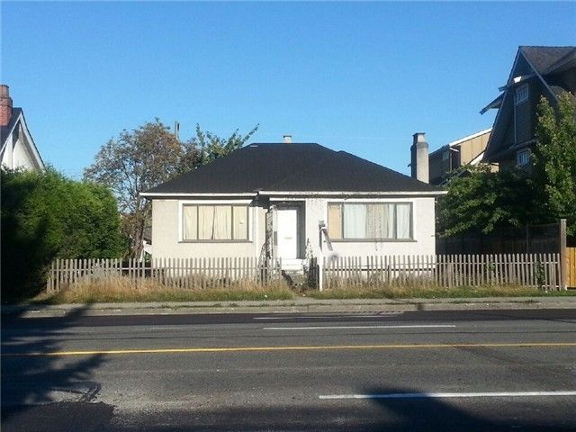Main Photo: 4356 KNIGHT Street in Vancouver: Knight House for sale (Vancouver East)  : MLS®# V1066939