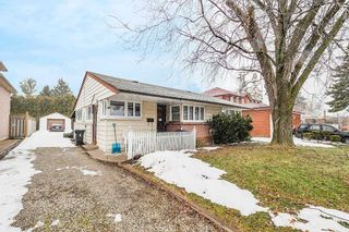 Photo 2: 34 Murray Avenue in Toronto: Agincourt South-Malvern West House (Bungalow) for sale (Toronto E07)  : MLS®# E4710242