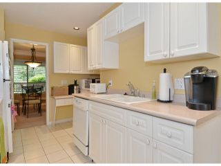 """Photo 6: 141 15550 26TH Avenue in Surrey: King George Corridor Townhouse for sale in """"Sunnyside Gate"""" (South Surrey White Rock)  : MLS®# F1414427"""