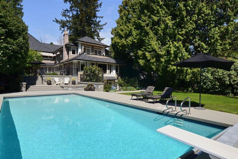 FEATURED LISTING: 2966 West 45th Avenue Vancouver