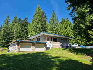 Photo 2: 11387 284 Street in Maple Ridge: Whonnock House for sale : MLS®# R2585451