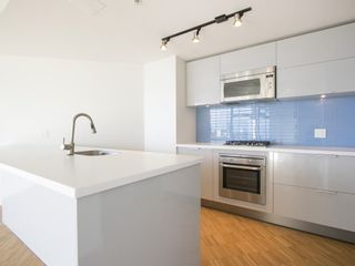 Photo 6: 3607 128 CORDOVA STREET in Vancouver West: Downtown VW Home for sale ()  : MLS®# R2082750