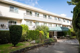 """Photo 18: 208 711 E 6TH Avenue in Vancouver: Mount Pleasant VE Condo for sale in """"The Picasso"""" (Vancouver East)  : MLS®# R2622645"""