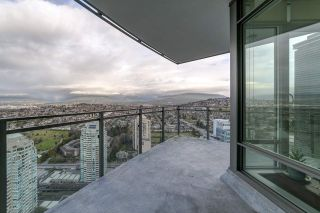 """Photo 14: 3702 2008 ROSSER Avenue in Burnaby: Brentwood Park Condo for sale in """"Stratus at Solo District"""" (Burnaby North)  : MLS®# R2426460"""