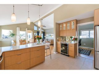 """Photo 9: 866 STEVENS Street: White Rock House for sale in """"west view"""" (South Surrey White Rock)  : MLS®# R2505074"""