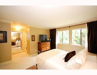 """Photo 4: 5745 MAYVIEW Circle in Burnaby: Burnaby Lake Townhouse for sale in """"ONE ARBOR LANE"""" (Burnaby South)  : MLS®# V645209"""