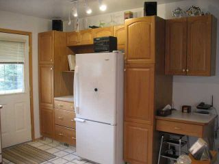 Photo 8: 3323 28 Street SE in CALGARY: West Dover Residential Attached for sale (Calgary)  : MLS®# C3498033