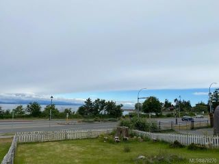 Photo 3: 1984 S Island Hwy in : CR Willow Point House for sale (Campbell River)  : MLS®# 878270