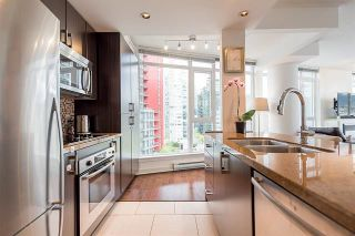 Photo 11: Vancouver West in Coal Harbour: Condo for sale : MLS®# R2083147