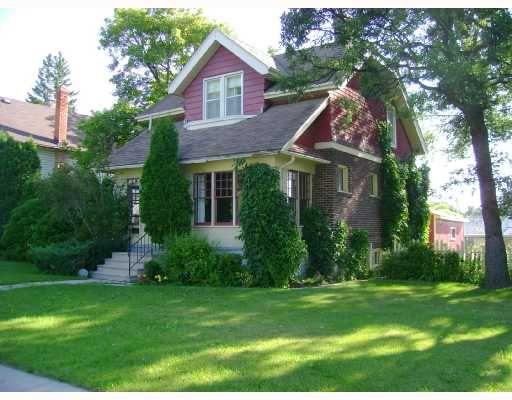 Main Photo: 311 LINWOOD Street in WINNIPEG: St James Residential for sale (West Winnipeg)  : MLS®# 2815598