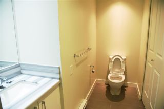 """Photo 10: 1601 4880 BENNETT Street in Burnaby: Metrotown Condo for sale in """"CHANCELOR"""" (Burnaby South)  : MLS®# R2538424"""