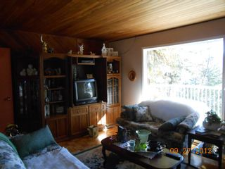 Photo 4: 3030 Vickers Trail in Anglemont: North Shuswap House for sale (Shuswap)  : MLS®# 10054853