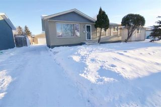 Photo 2: 19 Malden Close in Winnipeg: Maples Residential for sale (4H)  : MLS®# 202101865