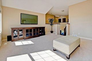 Photo 17: 28 DISCOVERY RIDGE Mount SW in Calgary: Discovery Ridge House for sale : MLS®# C4161559