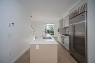 """Photo 18: 1 593 W KING EDWARD Avenue in Vancouver: Cambie Townhouse for sale in """"KING EDWARD GREEN"""" (Vancouver West)  : MLS®# R2539639"""