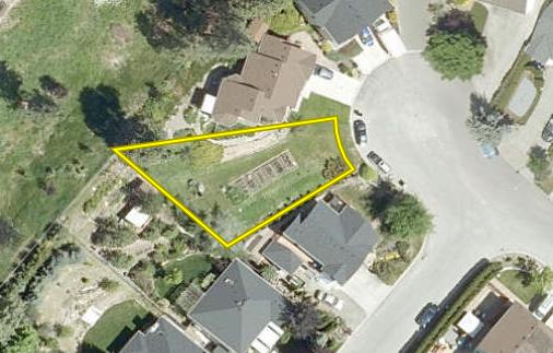 Main Photo: 1809 Edgehill Court in Kelowna: North Glenmore Vacant Land for sale (Central Okanagan)  : MLS®# 10142071