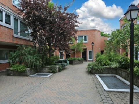 Main Photo: 390 Wellesley St, Unit 20, Toronto, Ontario M4X1H6 in Toronto: Condominium Townhome for sale (Cabbagetown-South St. James Town)  : MLS®# C2686670