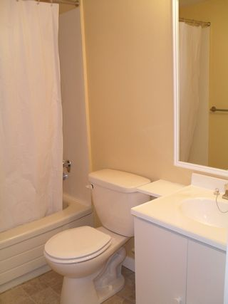 """Photo 7: #104 33598 GEORGE FERGUSON WAY in ABBOTSFORD: Central Abbotsford Condo for rent in """"NELSON MANOR"""" (Abbotsford)"""