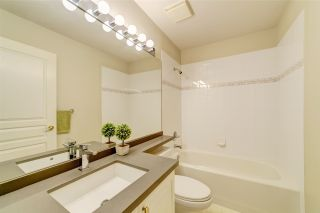 """Photo 13: 414 1485 PARKWAY Boulevard in Coquitlam: Westwood Plateau Townhouse for sale in """"Silver Oaks by Polygon"""" : MLS®# R2435122"""