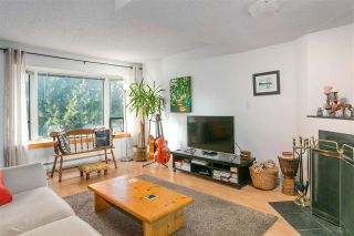Photo 5: 163 W 20TH Street in North Vancouver: Central Lonsdale Townhouse for sale : MLS®# R2485708
