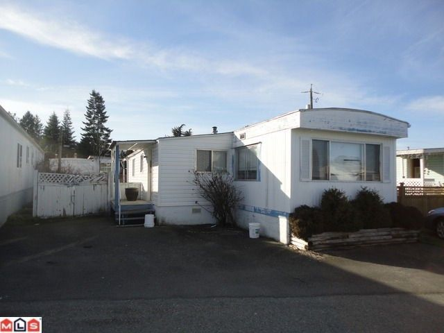 Main Photo: 17 26892 FRASER Highway: Manufactured Home for sale in Langley: MLS®# F1203435