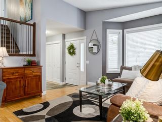 Photo 8: 111 RIVERVALLEY Drive SE in Calgary: Riverbend Detached for sale : MLS®# A1027799