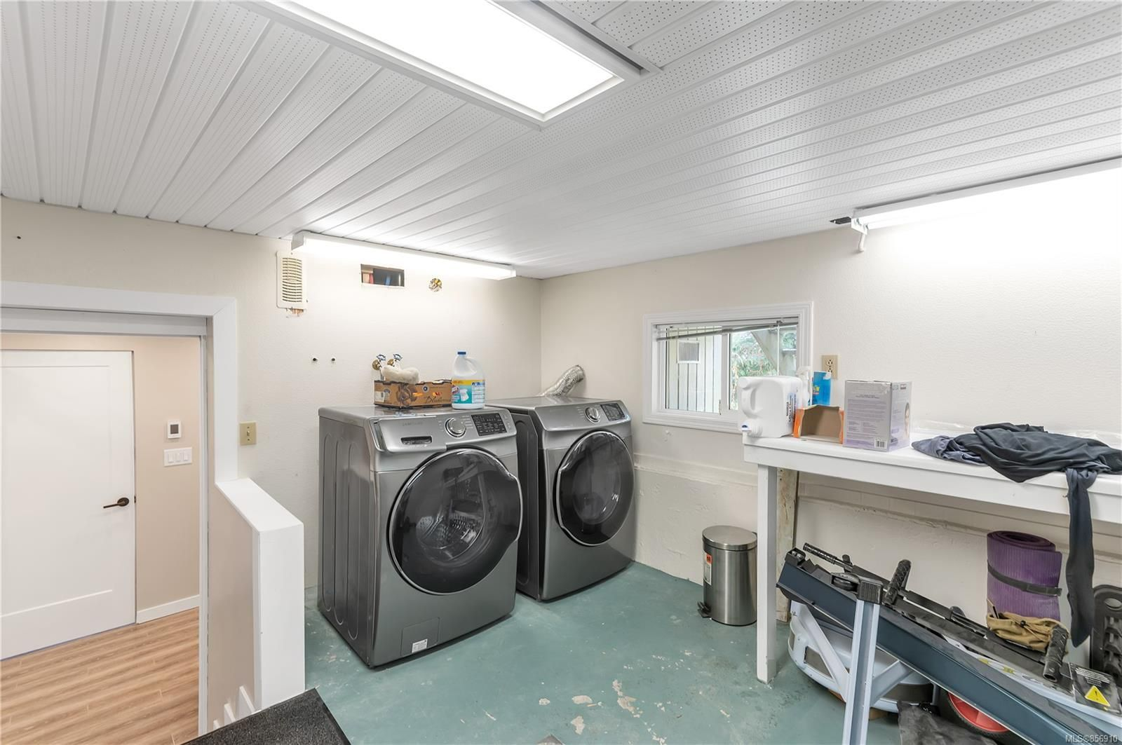 Photo 41: Photos: 215 S Alder St in : CR Campbell River Central House for sale (Campbell River)  : MLS®# 856910