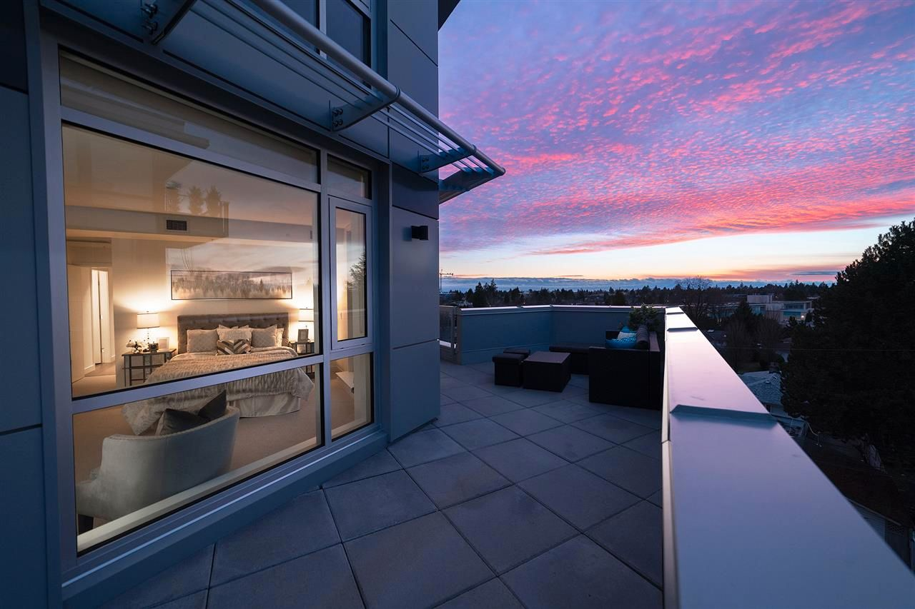 """Main Photo: 501 5189 CAMBIE Street in Vancouver: Cambie Condo for sale in """"CONTESSA"""" (Vancouver West)  : MLS®# R2561508"""