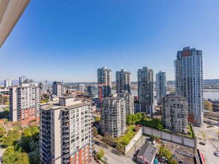 "Photo 3: 2102 850 ROYAL Avenue in New Westminster: Downtown NW Condo for sale in ""ROYALTON"" : MLS®# R2568991"
