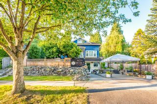 Photo 2: 2221 CLARKE Street in Port Moody: Port Moody Centre House for sale : MLS®# R2611613
