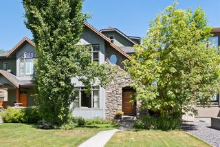 Photo 1: 2016 1 Avenue NW in Calgary: West Hillhurst Semi Detached for sale : MLS®# A1119856