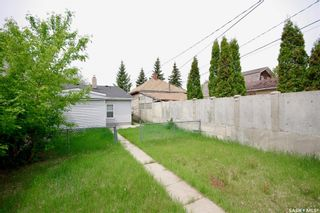 Photo 13: 220 L Avenue North in Saskatoon: Westmount Residential for sale : MLS®# SK857057