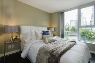 Photo 5: 506 550 PACIFIC STREET in Vancouver: Yaletown Condo for sale (Vancouver West)  : MLS®# R2070570
