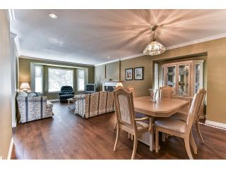 """Photo 6: 146 15501 89A Avenue in Surrey: Fleetwood Tynehead Townhouse for sale in """"AVONDALE"""" : MLS®# R2058402"""