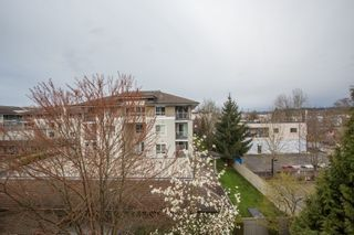 "Photo 22: 404 20750 DUNCAN Way in Langley: Langley City Condo for sale in ""FAIRFIELD LANE"" : MLS®# R2564057"
