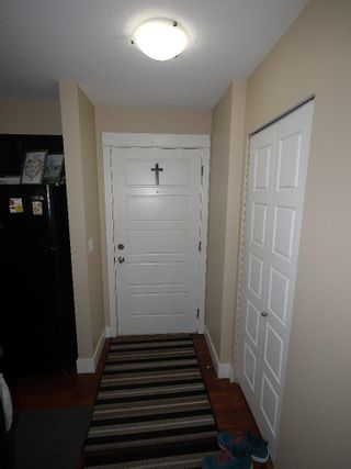 """Photo 4: 220 30525 CARDINAL Avenue in Abbotsford: Abbotsford West Condo for sale in """"Tamarind Westside"""" : MLS®# R2614517"""