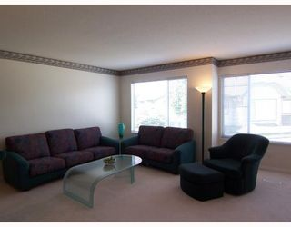 "Photo 3: 34 7465 MULBERRY Place in Burnaby: The Crest Townhouse for sale in ""SUNRIDGE"" (Burnaby East)  : MLS®# V744555"