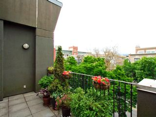 "Photo 7: 22 2156 W 12TH Avenue in Vancouver: Kitsilano Condo for sale in ""THE METRO"" (Vancouver West)  : MLS®# V960389"