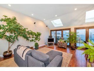 "Photo 3: 15348 VICTORIA Avenue: White Rock House for sale in ""White Rock"" (South Surrey White Rock)  : MLS®# R2579502"